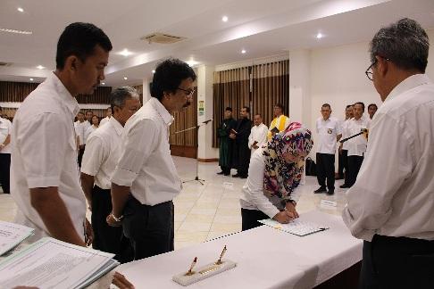 Pelantikan dan Pengambilan Sumpah Pejabat Pengawas dan Pejabat Perbendaharaan Satuan Kerja di Lingkungan Balitbang PUPR
