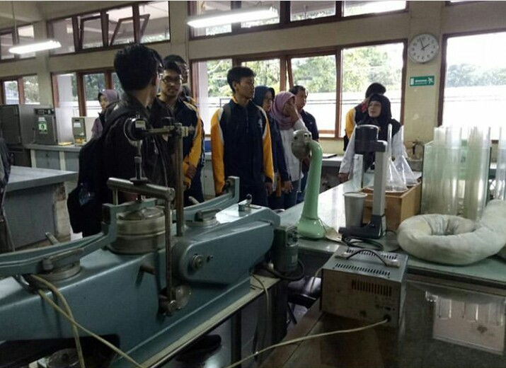 Pengenalan laboratrium Pusjatan kepada mahasiswa Departemen Teknik Sipil dan Lingkungan, Institut Pertanian Bogor